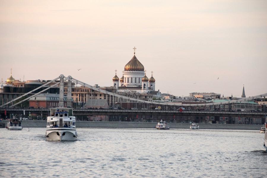 2015 passeio de barco pelo Rio Moscou